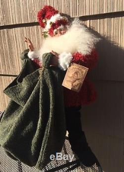 2004 DROLLERIES REALISTIC SANTA CLAUS WithTOY SACK FINE DETAILING ST NICK 31 NWT