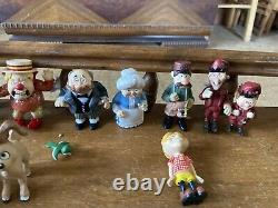 2006 Neca The Year Without A Santa Claus Loose Figurines 10 Pieces