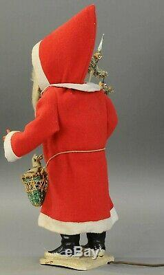 26 h. ELECTRONICALLY OPERATED NODDING SANTA Large Santa Claus