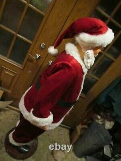 5 Foot Dancing and Singing Santa Claus Christmas Fun