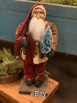 Arnett Primitive Santa Claus with Bottle Brush Christmas Tree