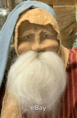 Arnett Primitive Santa Claus with Latern