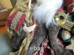 Beautiful Big 30 Christmas Santa Claus Figure Doll With All The Gift Goodies