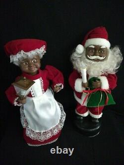 Christmas Animated African American Mr. And Mrs. Santa Claus 16