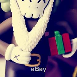 Christmas Present BFF OriginalFake Medicom Toy KAWS Santa Claus PVC Action Figur