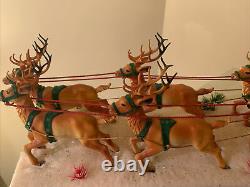 Epic Mid-Century Christmas Santa Claus In Sleigh with8 Reindeer On Foam Display