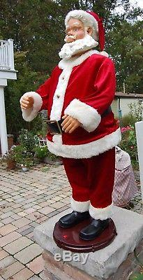 Gemmy Life Size/50 Dancing Singing Animated Santa Claus