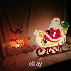 Grand Venture Santa Claus Sleigh With Reindeer Christmas Blow Mold Lighted