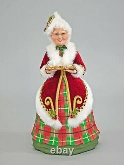 Katherine's Collection Traditional Mrs Santa Claus cookies Tartan red green 13