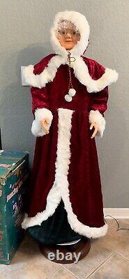 Life Size 5ft Animated Christmas Singing Dancing Mrs Santa Claus gemmy vintage
