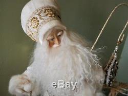 Lynn Haney 2000 Christmas Twilight 1150 Santa Claus Figure