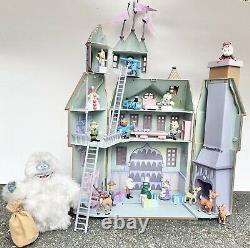 Memory Lane Rudolph Red Nosed Reindeer Santas Castle Playset w Bumble Figures