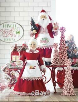 NEW Raz Set of 2 Santa and Mrs Claus Kringle Candy Company Christmas Figures