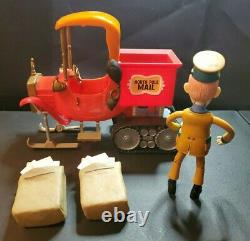 Santa Claus Is Coming To Town North Pole Mail Truck & S. D. Kluger Figure Set HTF