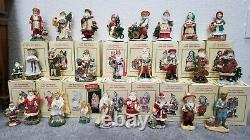 The International Santa Claus Collection United States 23 Figurines plus 2 Orn