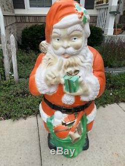 Vintage 46 Poloron Whispering Santa Claus with Toy Sack Blow Mold