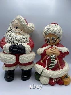 Vintage 80s Atlantic Mold Mr and Mrs Santa Claus Christmas Figures 14.5 12.5