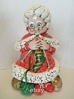 Vintage Atlantic Mold Santa and Mrs Claus Knitting 14 inch Statues