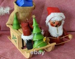 Vintage STEINBACH Germany SANTA CLAUS Musical Christmas Moving Smoker Sleigh