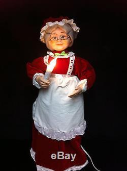 Vintage TELCO ANIMATED MRS SANTA CLAUS Christmas Motionette Illuminated Figure