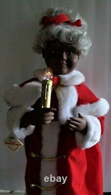 Vtg Animated Afro American Mr. & Mrs. Santa Claus Christmas Lighted Figures 24